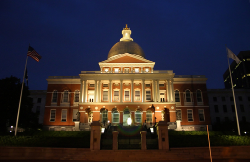 State-house-boston at night lit up-ma582